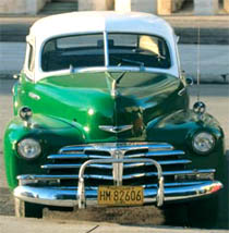 Click to see Havana's historic cars